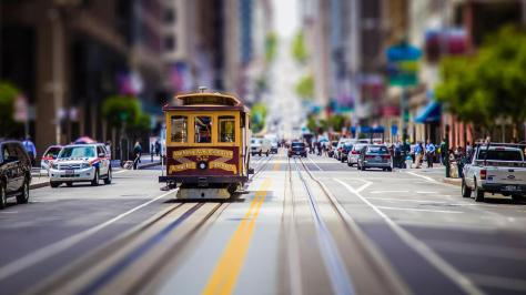 2048x1152-cityscape_car_street_road_tilt_shift_san_francisco-28231